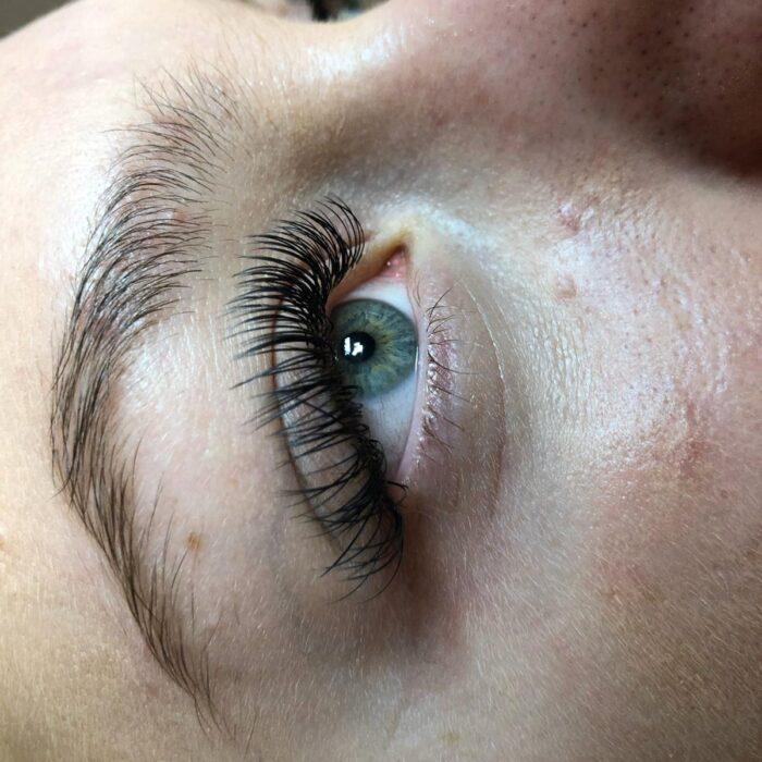 classic eyelash 5